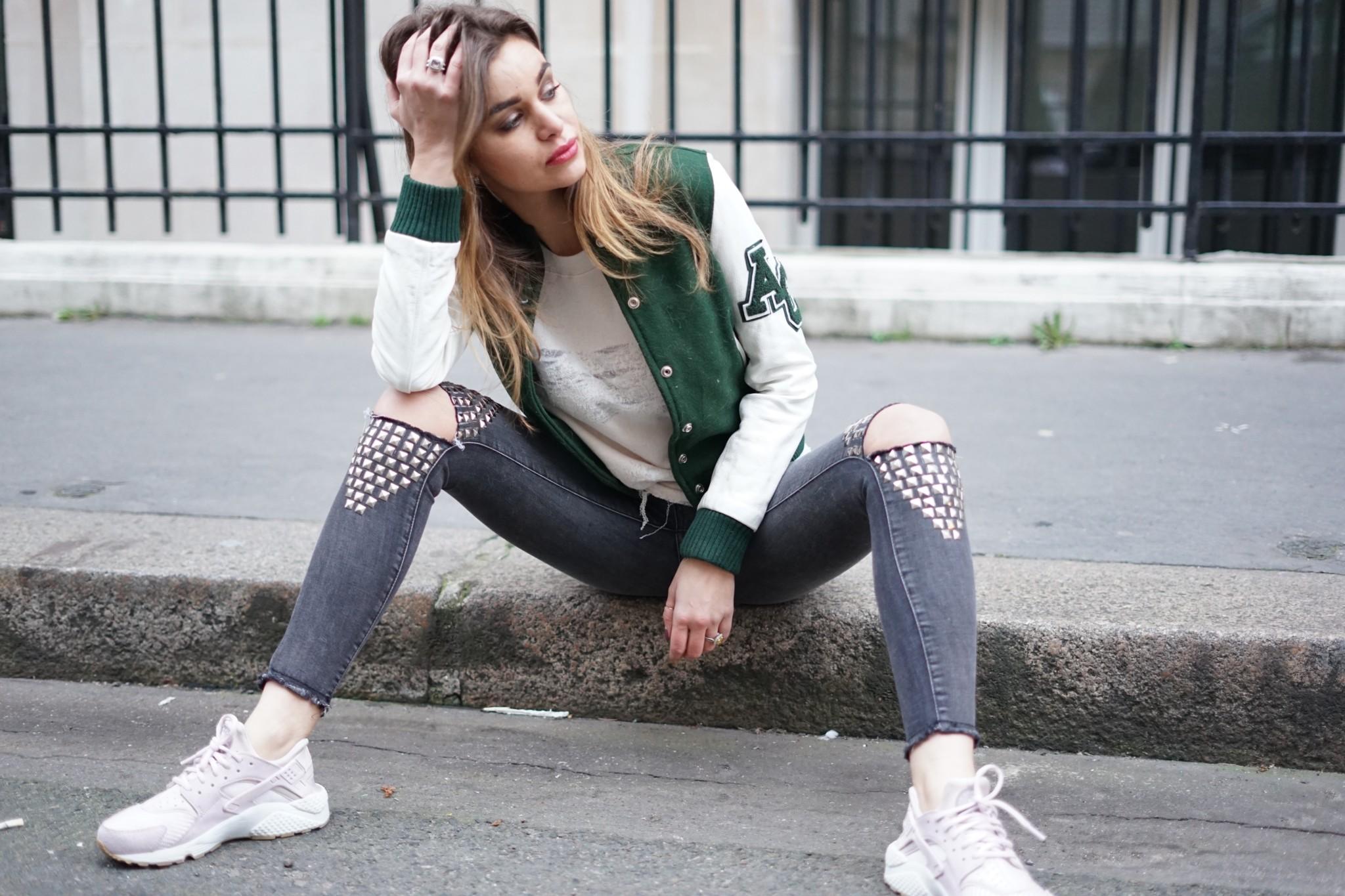 22f0c8a85b59e3 H ello les filles, comment ca va ? Comme vous le savez, j'adore être un  caméléon côté style. C'est pour cette raison que je vous propose  aujourd'hui un look ...